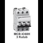 MCB  iC60H  3kutub      1A  A9F84301 1
