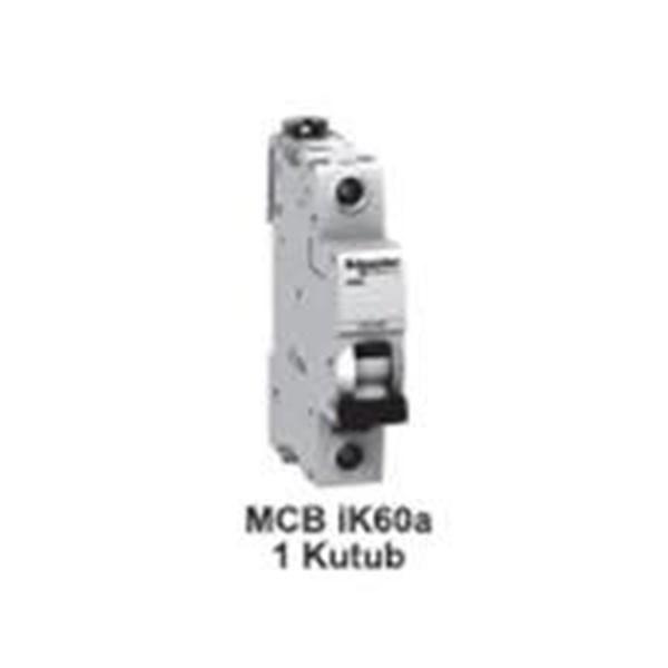 MCB 1kutub   2A  A9F94102   MCB 1 kutub IC60L