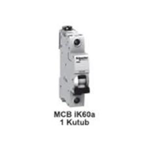 MCB  iC60L  1kutub      4A  A9F94104