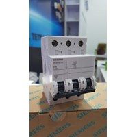 Circuit Breaker Siemens 5SJ6310-7SC