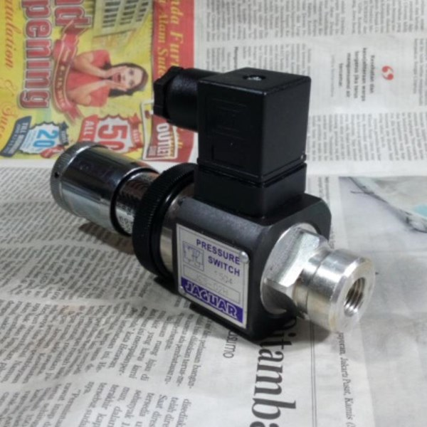 Jaguar JCS-02 Hydraulic Pressure Switch