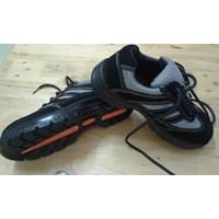 Sepatu Safety 68124
