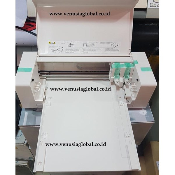 Silhouette CURIO  Emboss dan  Mesin Cutting Sticker