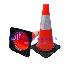 Safety Cone Rubber 911 Base Hitam