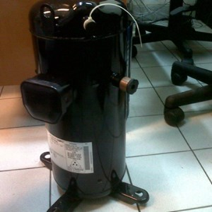 Compresor AC Sanyo CSB353H8A