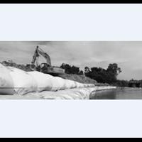 Instalasi Geobag Tepi Sungai