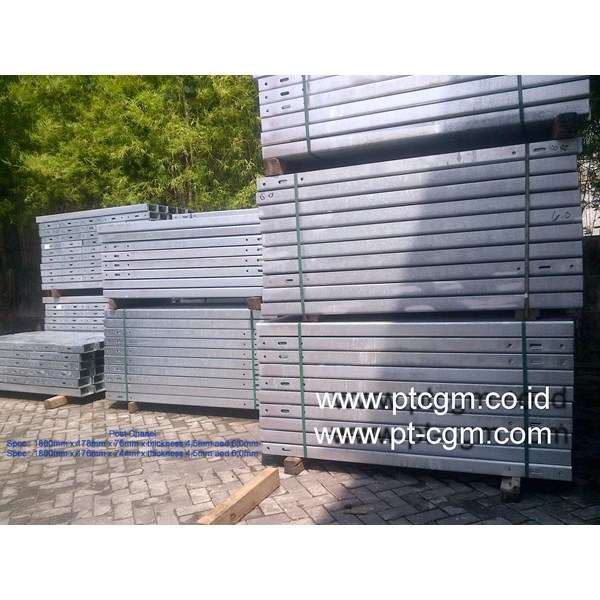 Post Chanel Guardrail Type B