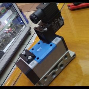 Selenoid Valve Yuken DSG-03-2B2-A100-50125