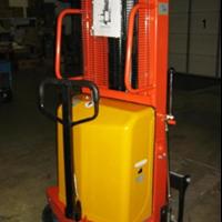 Semi Electric Stacker Dalton DYC