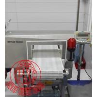 Distributor Mettler Toledo Safeline Metal Detector Profile Advantage 9000 3