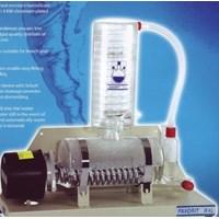 Alat Laboratorium Umum Water Still Alat Pembuatan Akuades Kapasitas 4 Liter per jam Favorite tipe W4L 1