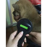 Portable RFID Ear Tag Reader