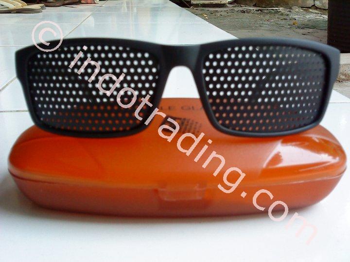 Jual Kacamata Terapi Pinhole Penyembuh Mata Minus Harga Murah Bekasi oleh  Aneka Barang Murah 4e1ff73521