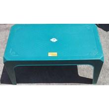 Plastic Coffee Table merk Neoplast kode MK 8