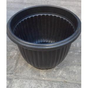 Pot belimbing plastik ukuran 30 cm merk CM