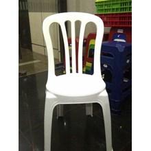 Kursi Plastik Yanaplast Warna Putih