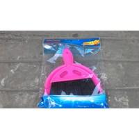 produk plastik rumah tangga Sapu mobil kecil merk dragon 1