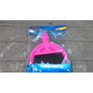 produk plastik rumah tangga Sapu mobil kecil merk dragon