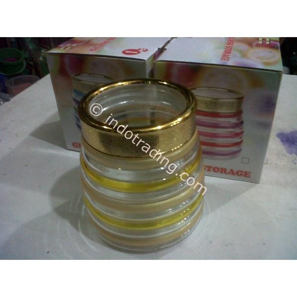 Toples Kaca Bulat Dengan Lapisan Warna Emas