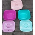 produk plastik rumah tangga Basi tutup plastik segi tipe okayo merk clarita 3