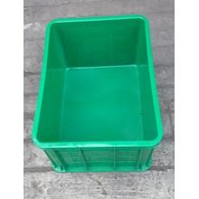 Keranjang plastik industri krat buntu kode C033 merk Top Star warna hijau