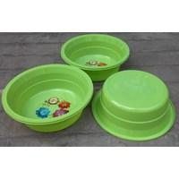 Distributor Baskom plastik bulat no 13 violet merk clarita warna hijau 3