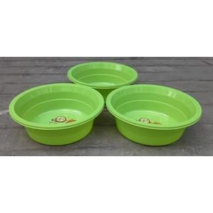 Baskom plastik bulat no 13 violet merk clarita warna hijau