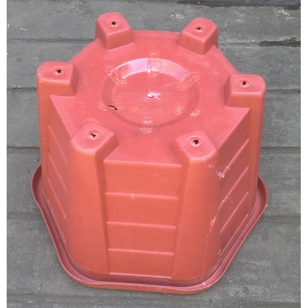 taman Pot bunga plastik no Segi enam warna merah bata no 30 Merk Eko Plast