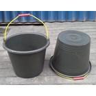 produk plastik rumah tangga ember atau timba cor plastik 24 hitam DS 2