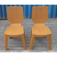 plastic napolly dinner chair type 2 R3 wicker bro
