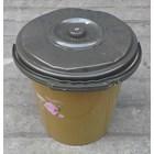 alat dapur lainnya ember plastik 2.5 galon clarita coklat plus tutup 2