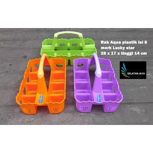 Dari keranjang Rak Aqua gelas plastik isi 8 merk Lucky Star kode 7708 0