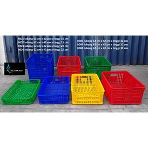 Keranjang Plastik industri krat plastik lubang merk TOP