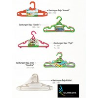 Produk Plastik Rumah Tangga Gantungan baju plastik merk Diansari