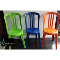 Kursi plastik warna orange stabilo tebal kuat Skyplast