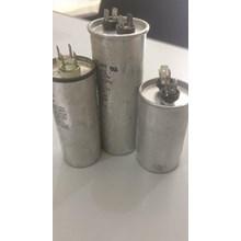 kapasitor 45 uf - 450V 4 Pin