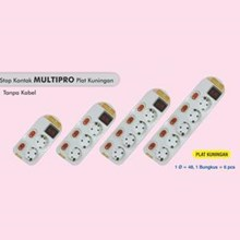Stop kontak multi fungsi lubang 3