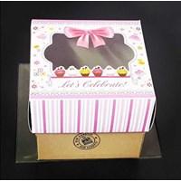 Box Cake Bon Appetite 18X18 1