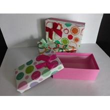 Kotak Kado Pita