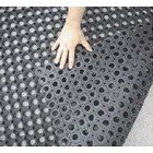 Karpet Karet Interlock 4