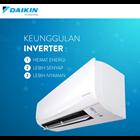 AC DAIKIN FLASH INVERTER FTKQ 25 SVM 4 + RKQ 25 SVM4 Cap. 1 PK 2