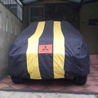 Selimut Mobil Small Garis Type 33
