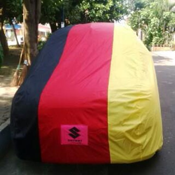 Sarung Mobil Suzuki Ertiga