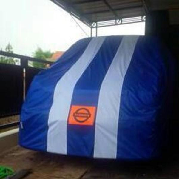 Cover Mobil Nissan Serena Kombinasi