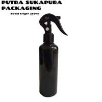 Botol Spray Trigger 250 ml Hitam 1