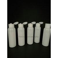 Botol Fliptop 100ml Warna Putih dan Tutup Putih 1