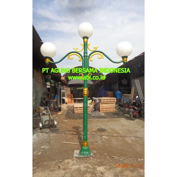 Model of Garden Parlor Garden Lamp