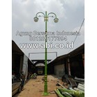 Classic Antique Street Light Pole 1