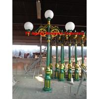 Tiang Lampu Taman Antik DPR 1