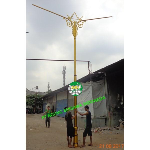 Tiang Lampu Jalan 7 meter